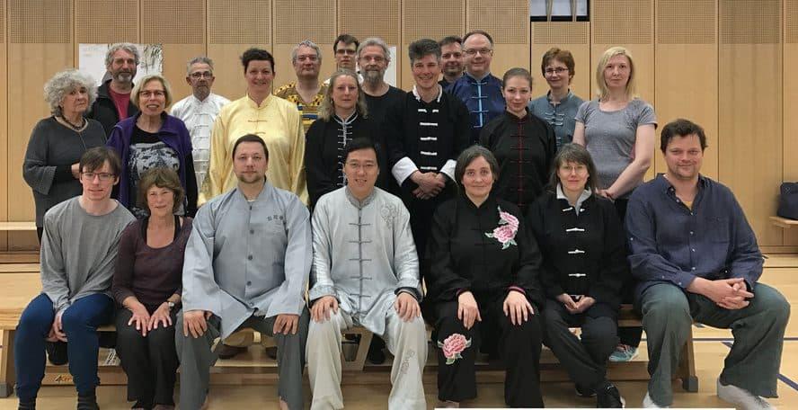 Heilpraktiker Bremen Oliver Kania hat einige Ausbildungen und Lehren in China und Japan durchlaufen und ist auf Chinesische Medizin spezialisiert